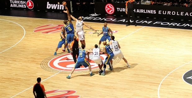 tip-off-championschip-game-real-madrid-vs-maccabi-electra-final-four-milan-2014
