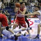 Partizan y Estrella Roja, a golpes.
