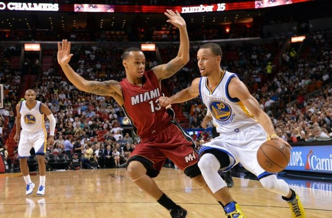 stephen-curry-shabazz-napier-nba-golden-state-warriors-miami-heat-850x560