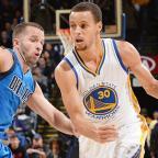 Los 51 puntos de Steph Curry a los Mavericks (vídeo)