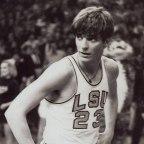 Pete Maravich en la NCAA (Vídeo)